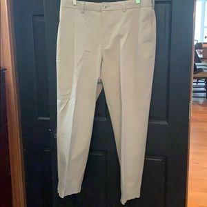 Savane men's khaki pants 36 x 29 +